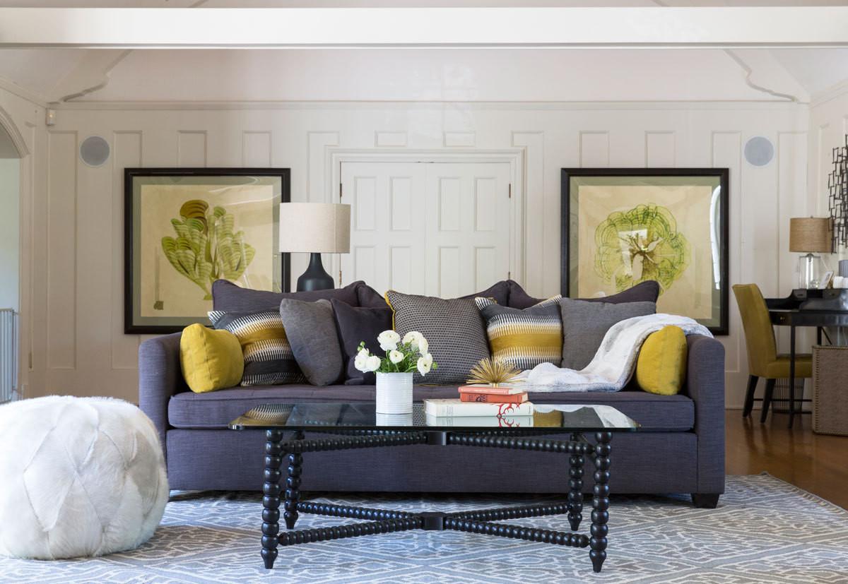 Moss Studio Sofa Reviews Bali Lounger Tiffani Thiessen 39s Inviting Modern Tudor Home Ikea