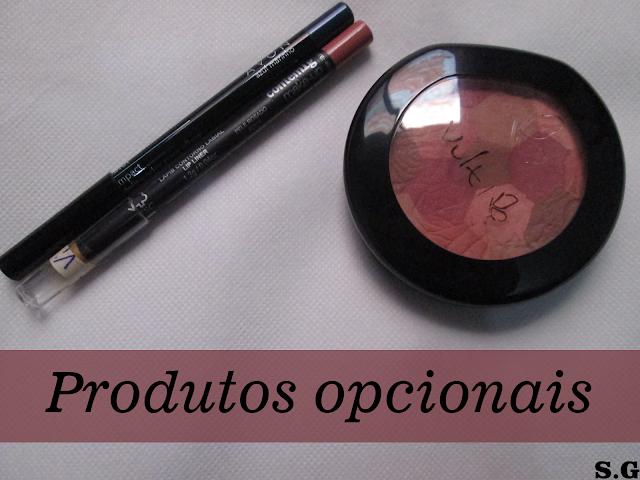 Blush, lápis delineador, lápis para olhos coloridos são produtos opcionais na maquiagem