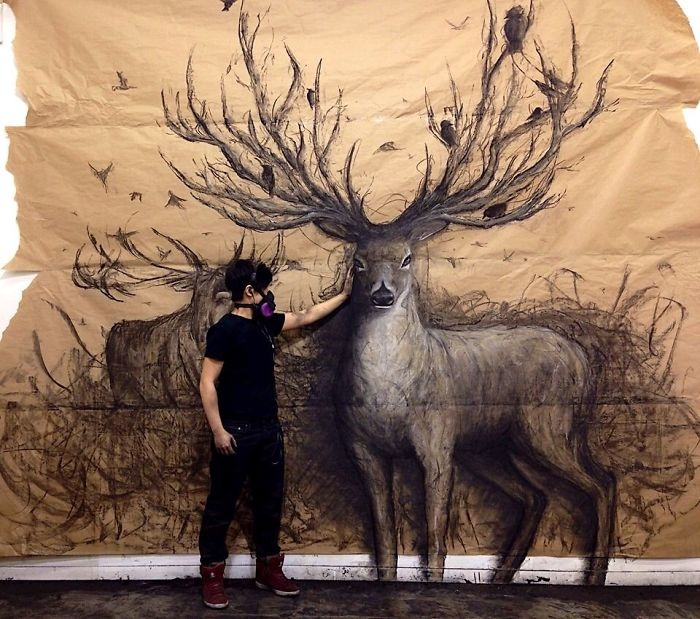 07-Stag-Fiona-Tang-2D-Sketches-that-Become-3D-Animals-www-designstack-co