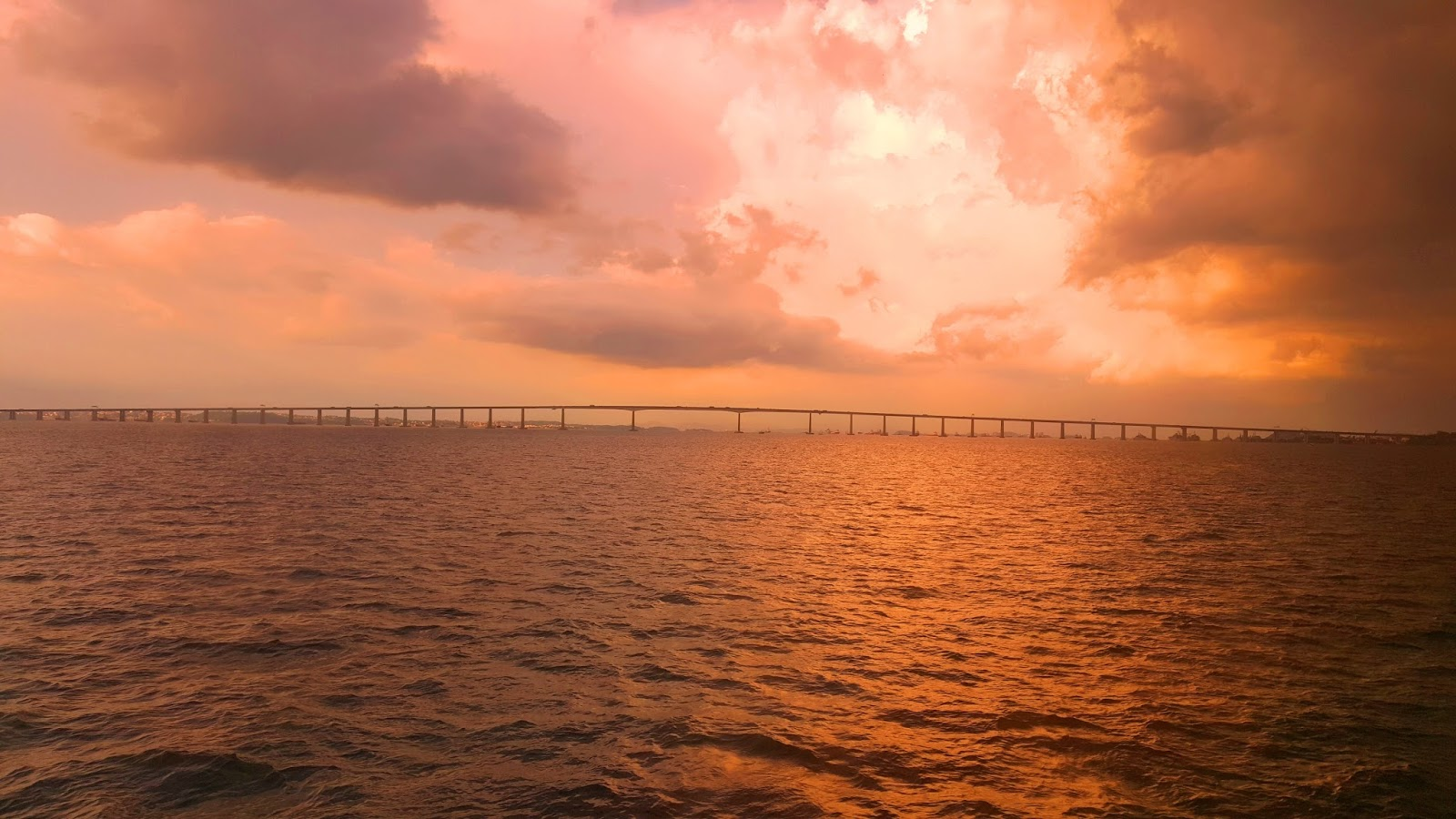 ponte-Rio-Niteroi-vista-da-barca-Rio-Niteroi