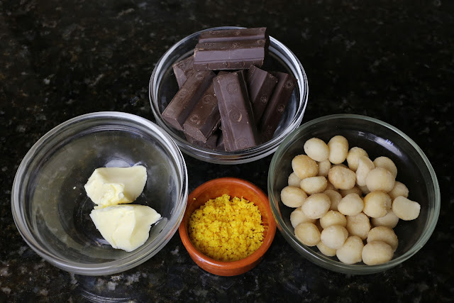 Ingredientes para rocas de chocolate y macadamias