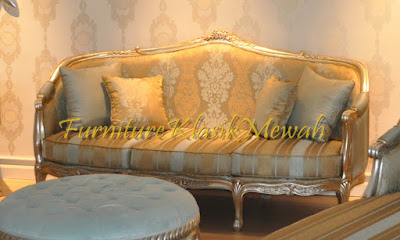 furniture klasik mewah,toko jati,jual sofa classic luxury jepara,classic sofa french style silver leaf,sofa french style luxury,jual mebel jepara,mebel jati jepara