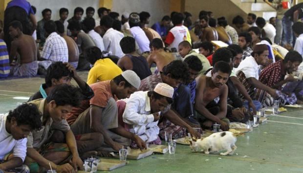 Muslim Myanmar Kekurangan Tempat Ibadah pada Ramadhan