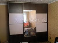 Встроенный шкаф с  комбинированными дверями