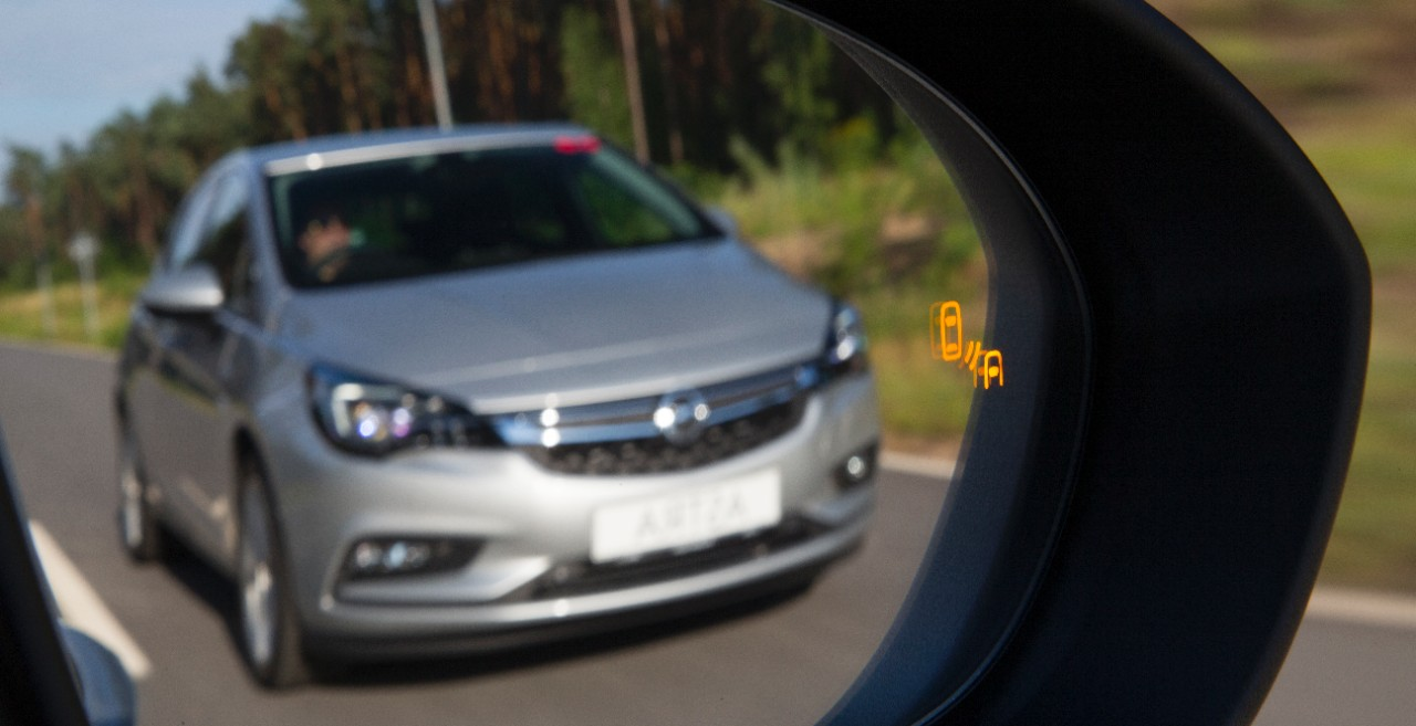 cq5dam.web.1280.1280%252822%2529 Ασφάλεια και πολυτέλεια 5 Αστέρων για το νέο Opel Astra Hatcback, Opel, Opel Astra