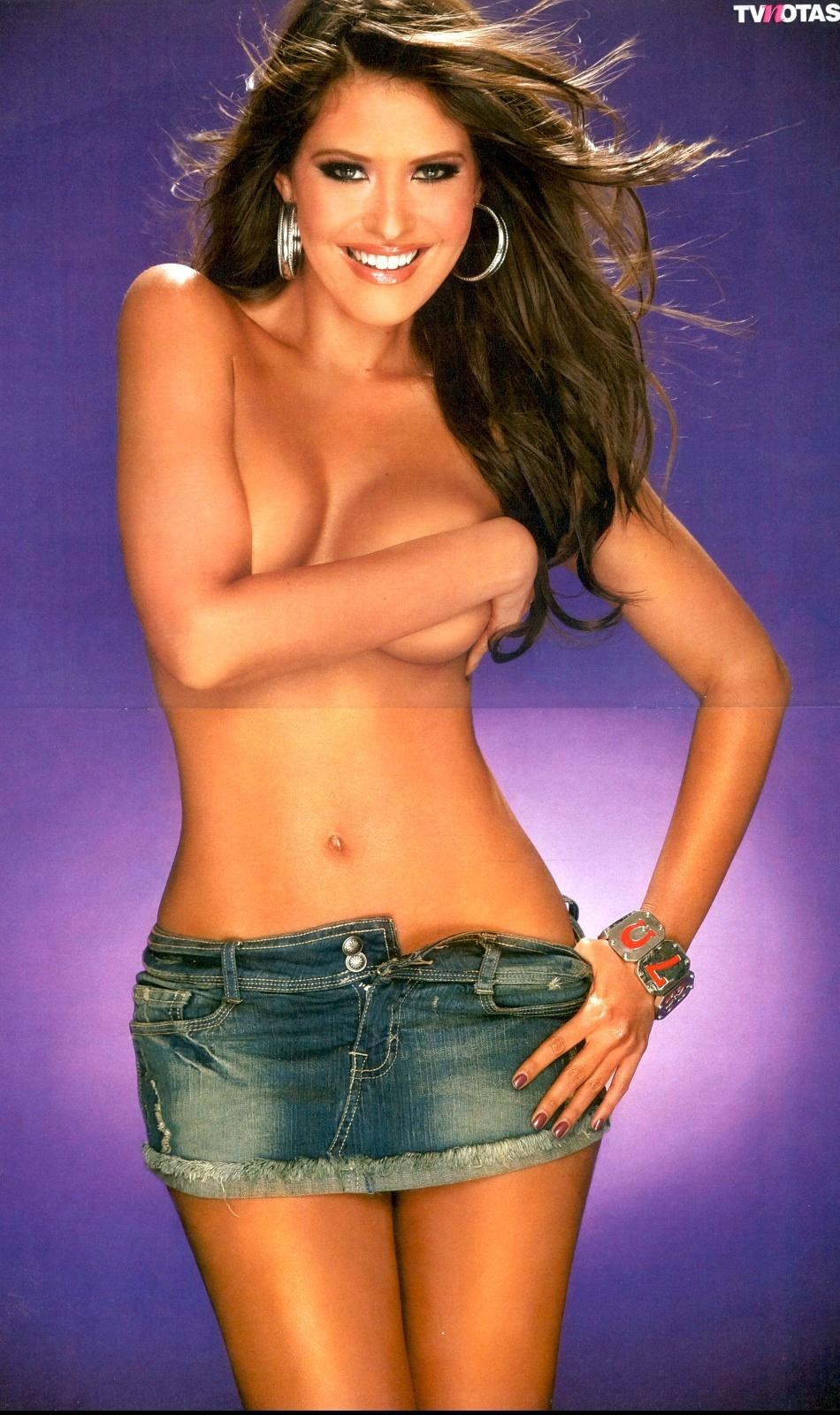 Vanessa Claudio Galeria 4