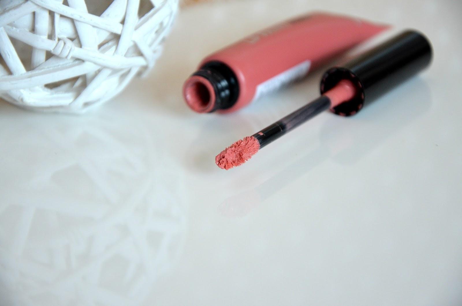 L'Oréal Paris Rouges à lèvres infaillible lip paint matte 201 hollywood beige