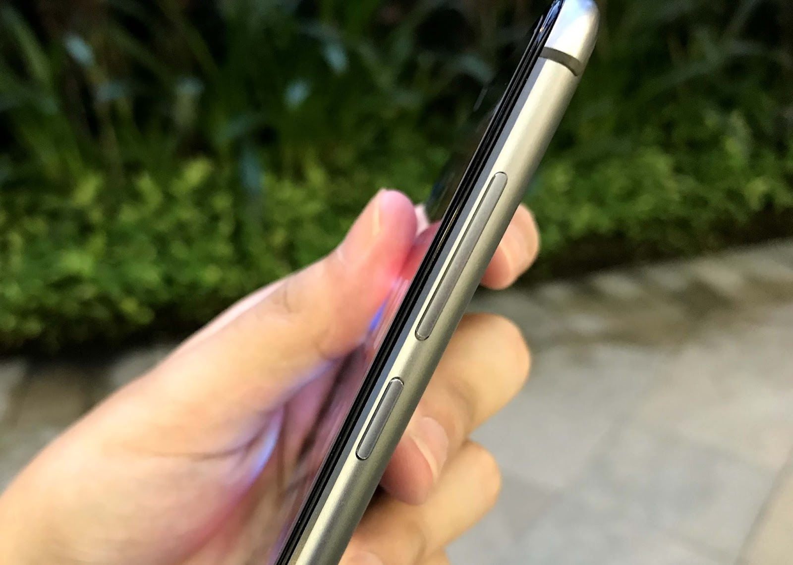 Cherry Mobile Flare S6 Selfie - Right Side