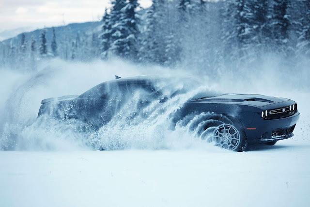 Dodge Challenger GT: o 1º muscle cupé com tração integral