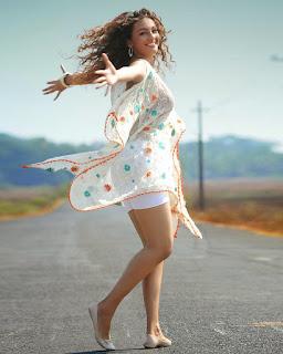 Seerat Kapoor photos hd