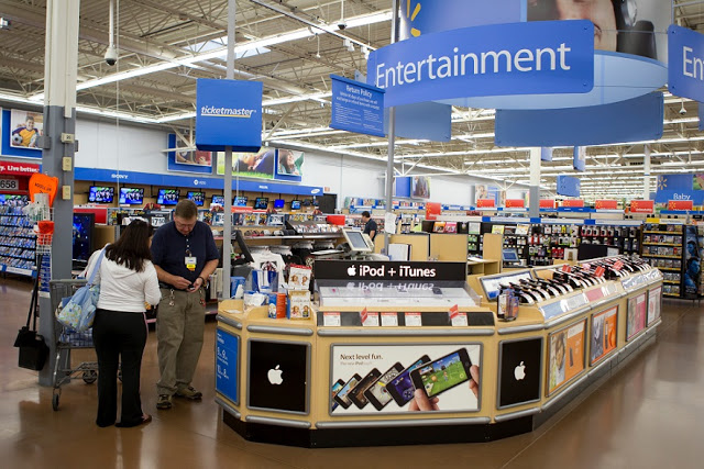 Compra de electrónica en los supermercados en Orlando