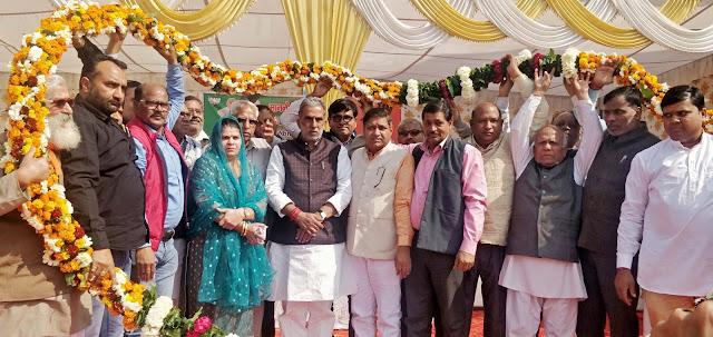Modi's Minister Krishna Pal Gujjar has laid foundation stones for development works of 90 crore in Sehtpur