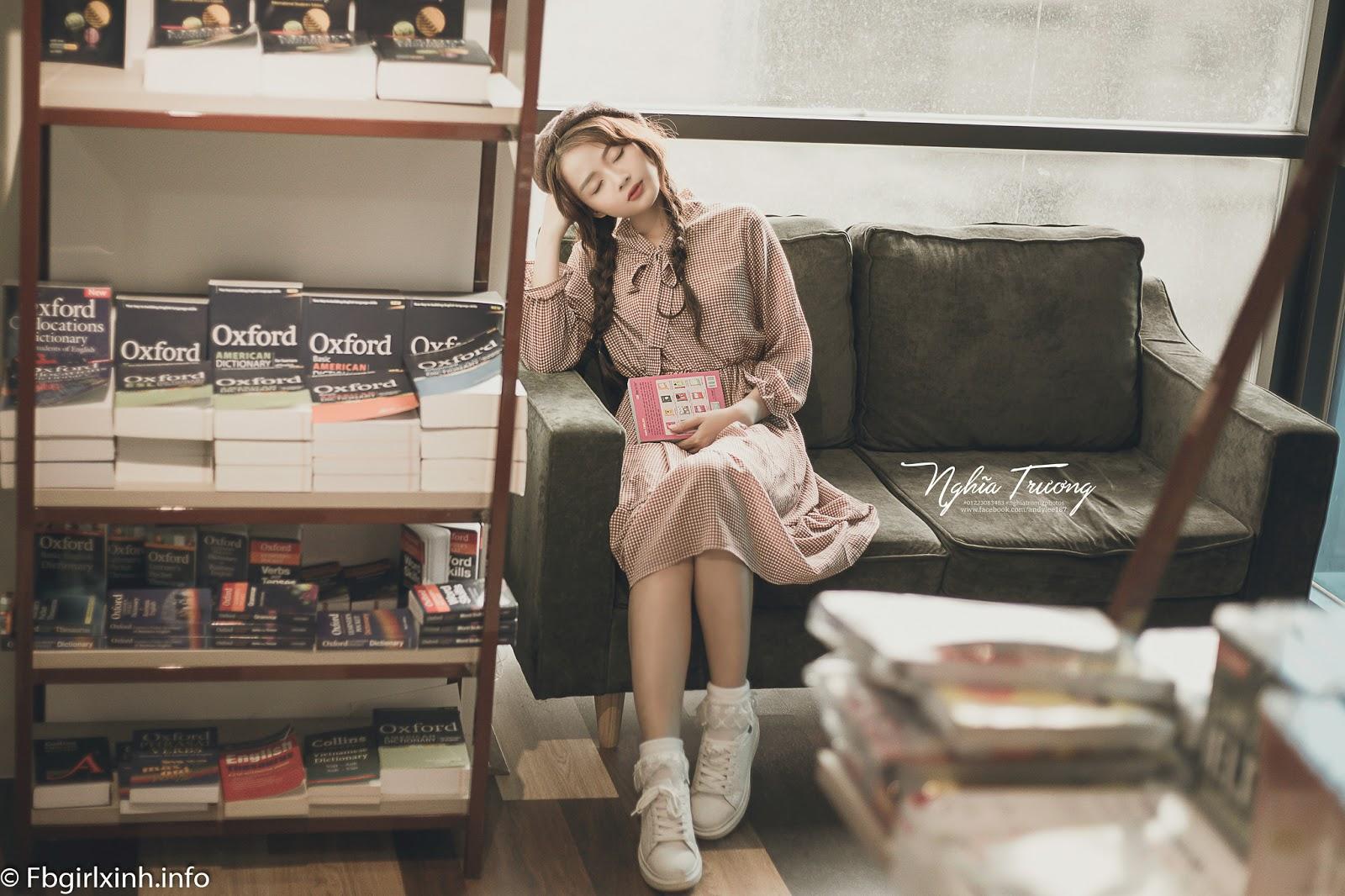 Vẻ đẹp búp bê của hot girl ảnh thẻ Hương Lê