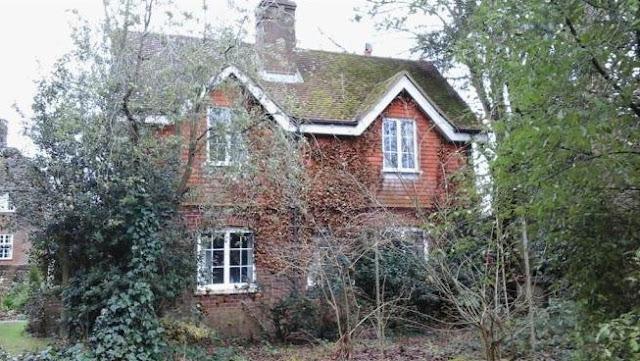 2 Bed housem College Lane, Chichester, West Sussex