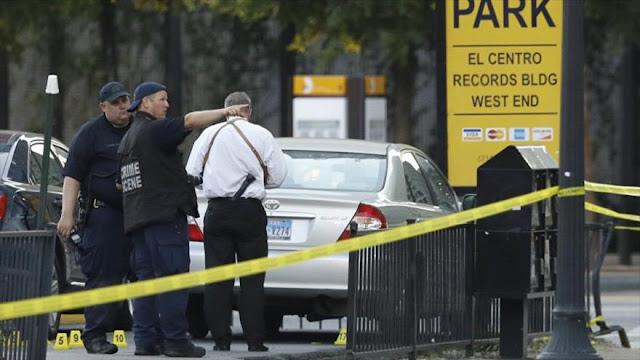 Hombre armado con AK-47 mata a dos personas en EEUU