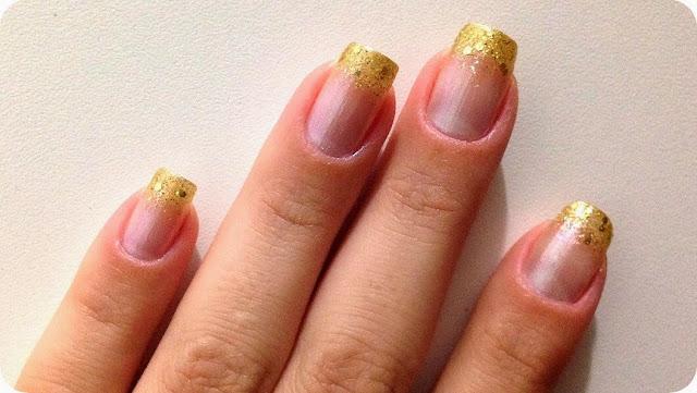 Esmalte Madrepérola com Dourado e Glitter unha unhas para festa festas natal ano novo casamento