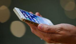 Τα 5 σημάδια ότι το τηλέφωνό σας παρακολουθείται