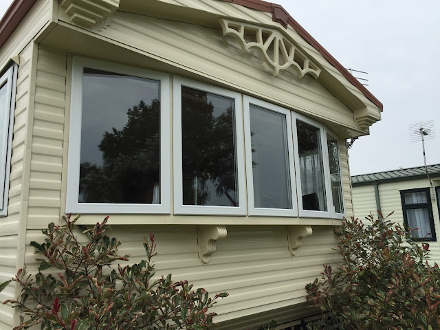 static caravan double glazing windows and doors in France