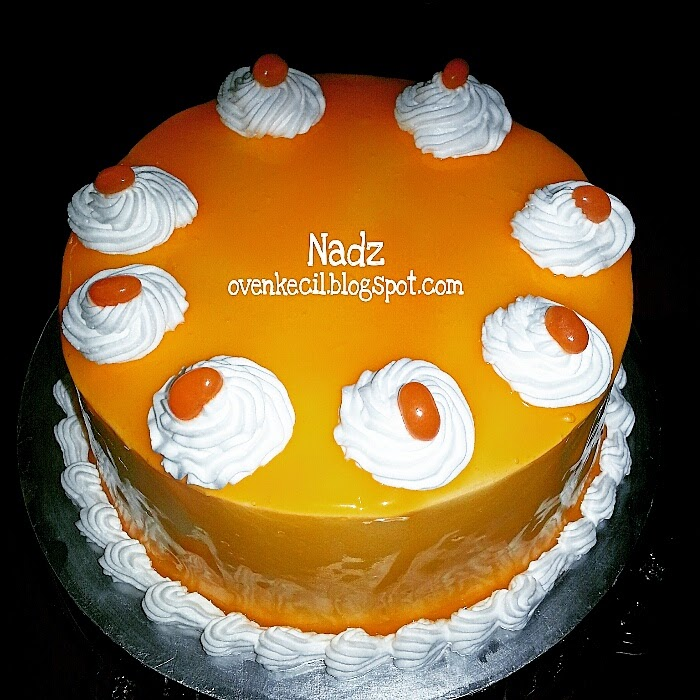 MIRROR/GLAZE CAKE (ORANGE FLAVOUR)