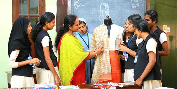 Fashion Designing And Garment Technology Lfis Kochi Little Flower Industrial School Fdgt Course Girls Fashion Technology Institute Ernakulam