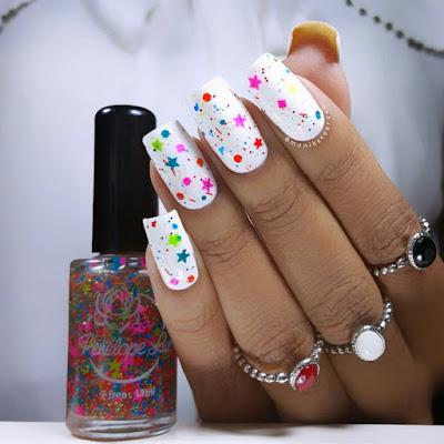 Esmalte Branco com Glitter Colorido - @MonikestRosa