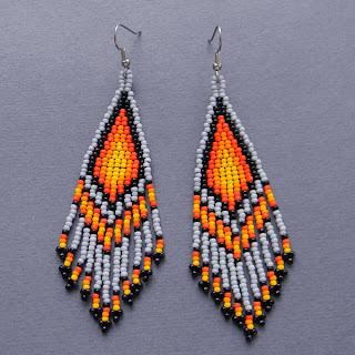 Длинные бисерные серьги в этническом стиле купить в интернет магазине бижутерии.