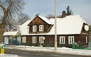 http://fotobabij.blogspot.com/2016/01/drewniany-dom-przy-ulkazimierskiej.html