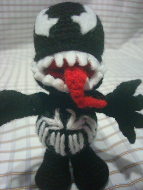 carrioncrowned — ABSOLUTE UNIT Venom crochet tutorial Hey... | 640x480