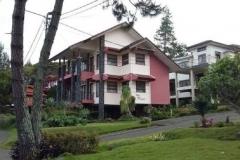 Villa Istana Bunga 4 Kamar - Villa Husen Blok G2 no 1