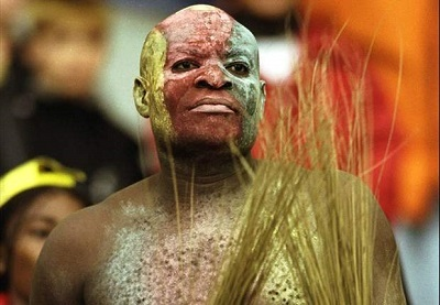Accused Man Storms Lagos Court with 'Juju'....Read What the Judge Did