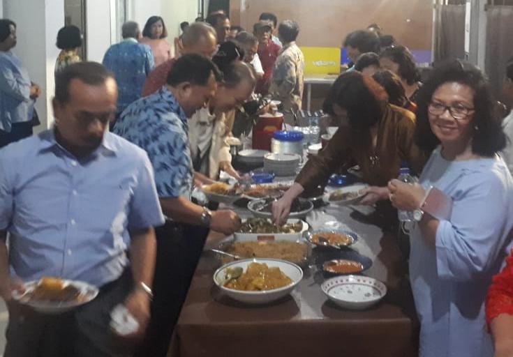 Keluarga besar Sibarani tampak antusias untuk menyambut Bonataon Pomparan Ompu Raja Sibarani Sejabodetabek
