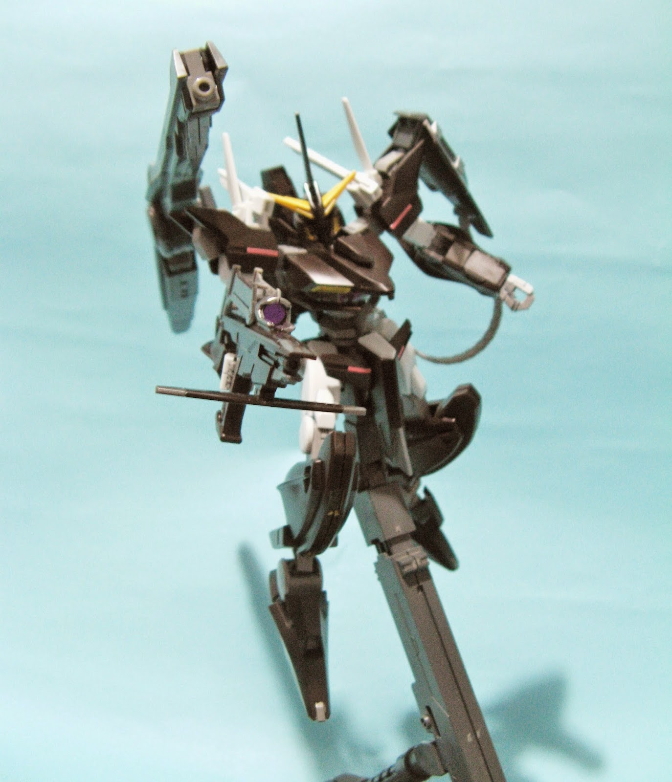 GUNDAM 00 HG GNW-001 Gundam Throne Eins機動戰士高達00 HG GNW-001 高達托尼艾斯