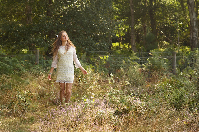 the perfect white lace dress in the countryside