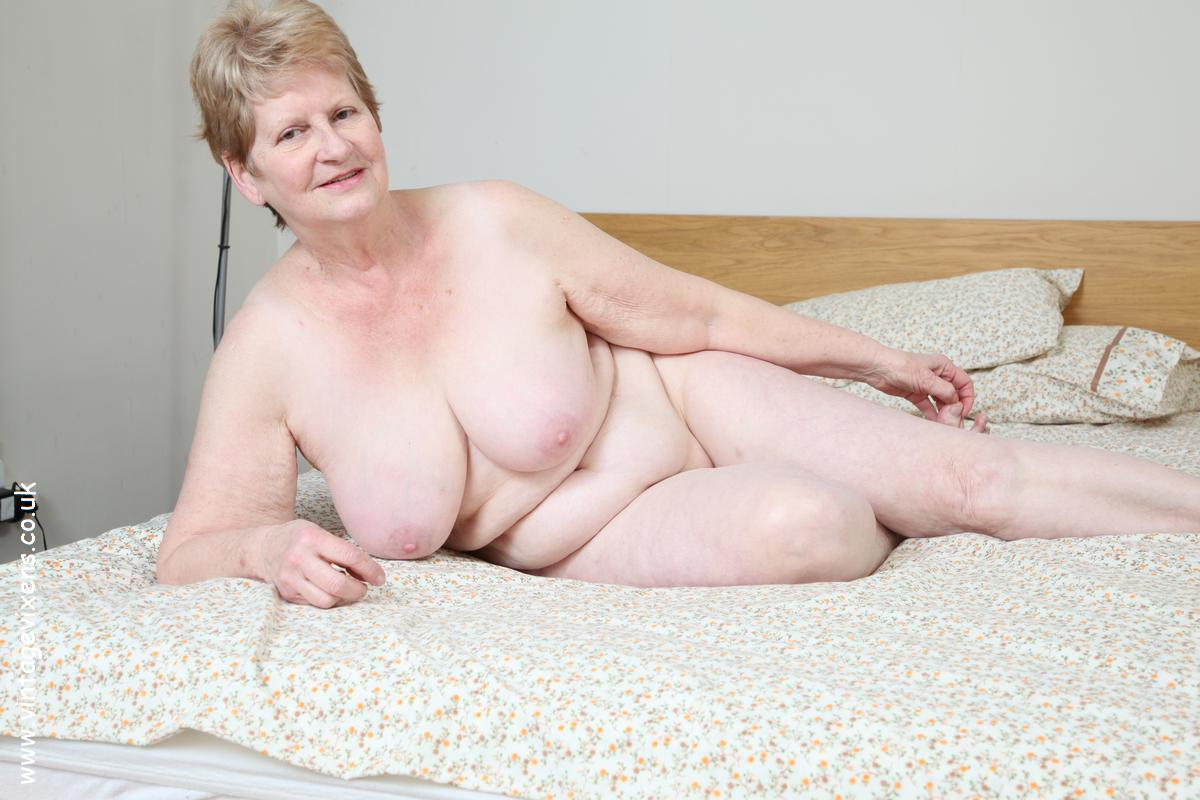 Bbw Mature Housewife Porn Videos 106