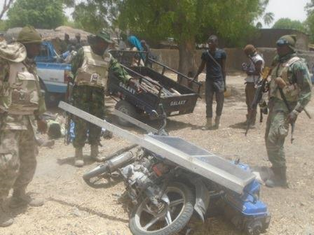 2 Photos: Troops capture 9 Boko Haram terrorists who hid in fox holes, rescue 400 hostages