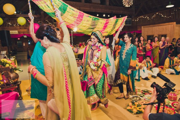 Marriage Traditions in Pakistan | Stereotypical Behavior Involved in