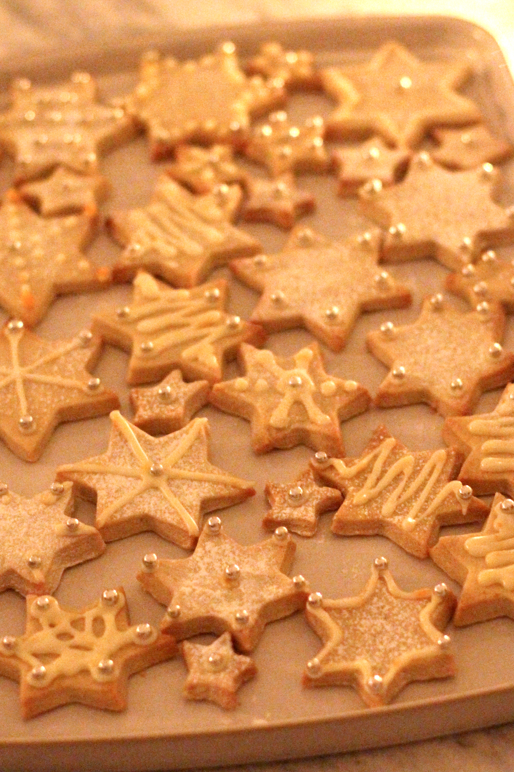 Iced Christmas biscuits - London lifestyle blog