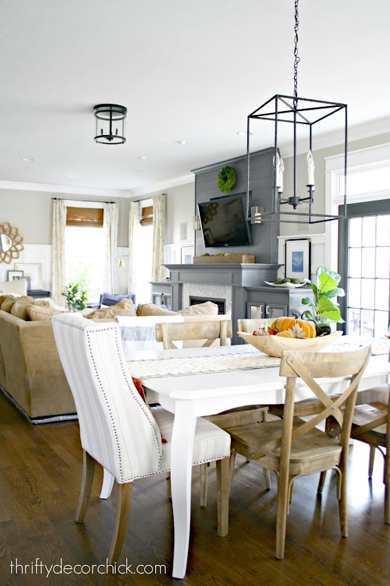 eat in kitchen and family room great room