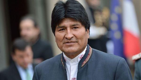 """Evo Morales acepta candidatura para 2019 ante """"intromisión"""" de Estados Unidos"""