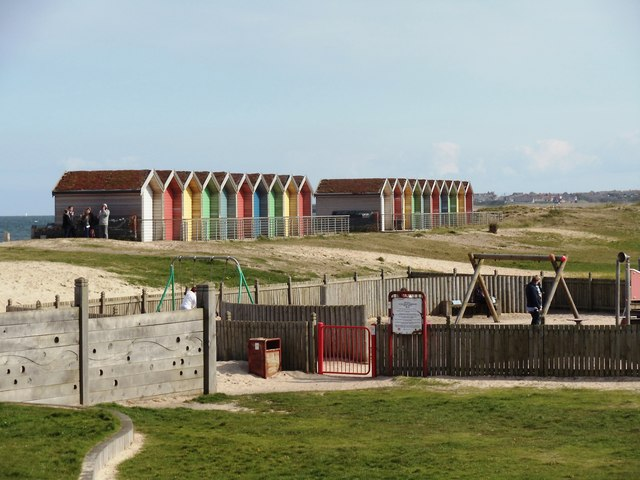 The best picnic spots in Northumberland | Blyth Beach huts and park