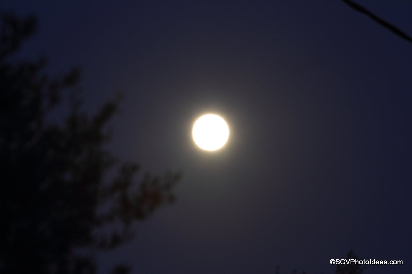 Rising Full moon South Cephalonia closeup 2014