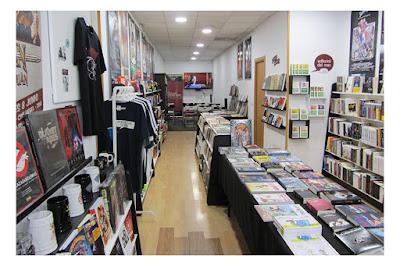 Interior de la librería Chronos