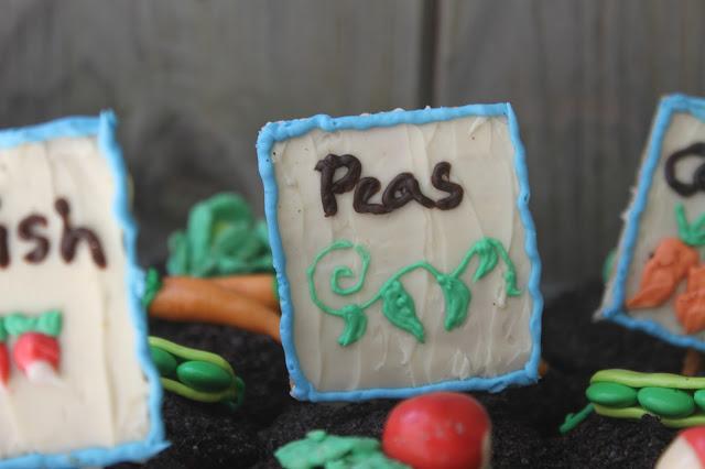 Graham Cracker Pea Seed Sign Hello Cupcake
