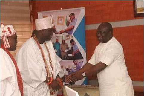 Ooni-of-Ife-visits-abia-governor-Okezie-Ikpeazu-1