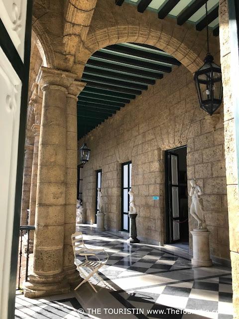 Palacio de los Capitanes Generales - courtyard sunny Museum de la Ciudad