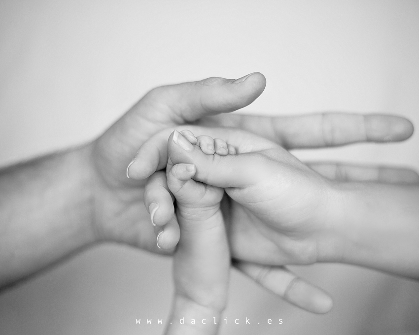 fotografía newborn en elche, bebés
