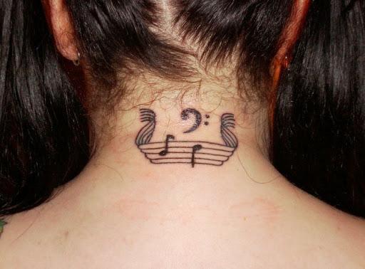 Música pescoço tatuagem idéia para as mulheres