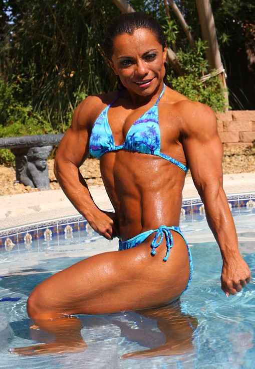 dating a short girl bodybuilding