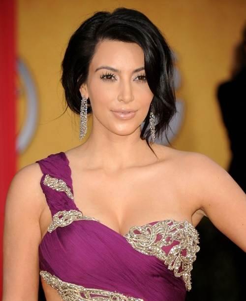 Kim Hairstyles: Kim Kardashian Hairstyles Updo