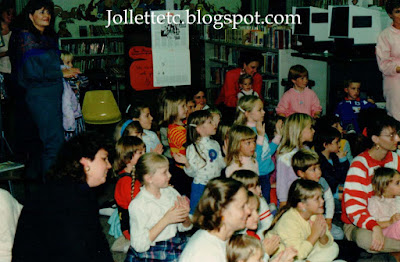 Junior Woman's Club of Portsmouth Halloween Story Hour 1988 Russell Memorial Library  http://jollettetc.blogspot.com